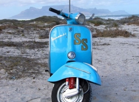scoot-dr-vespa-custom-build-respray-mechanic-classic-scooter-howard-05