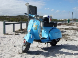 scoot-dr-vespa-custom-build-respray-mechanic-classic-scooter-howard-06
