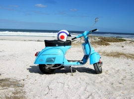 scoot-dr-vespa-custom-build-respray-mechanic-classic-scooter-howard-07
