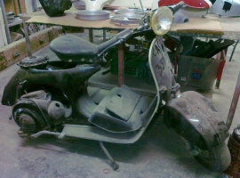 scoot-dr-vespa-custom-build-respray-mechanic-classic-scooter-morne-01
